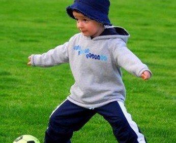 Отдать ребенка на футбол
