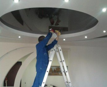 Как мыть потолок