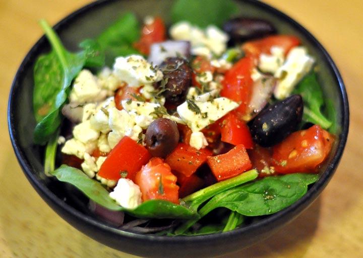 grecheskij-salat1