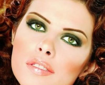 dark-green-eyeshadow