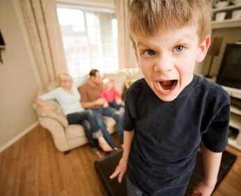 mi-hijo-es-un-tirano-4-anos-L-Blrsmn
