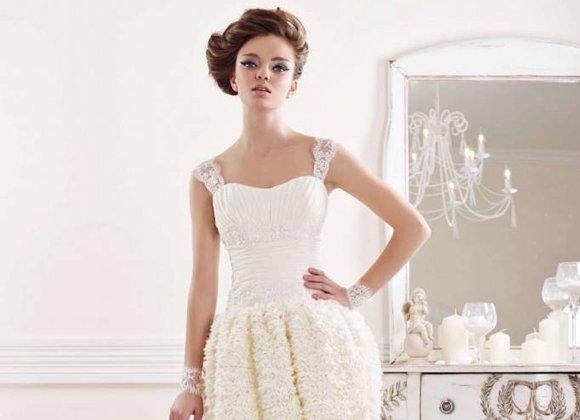 Платья короткие и с закрытым верхом