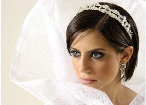 Свадебные прически на каре с удлинением